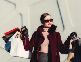 Cliente faisant du shopping